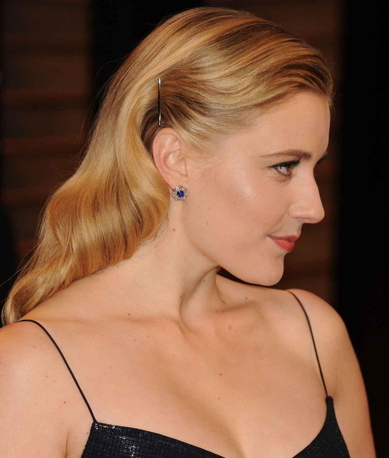 Greta Gerwig - 2015 Vanity Fair Oscar Party-4