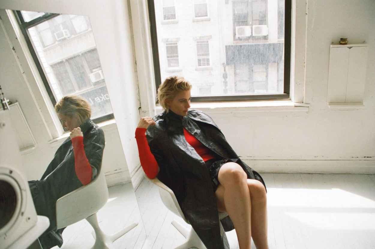 Greta Gerwig - Photoshoot for Dazed Magazine September 2015-4
