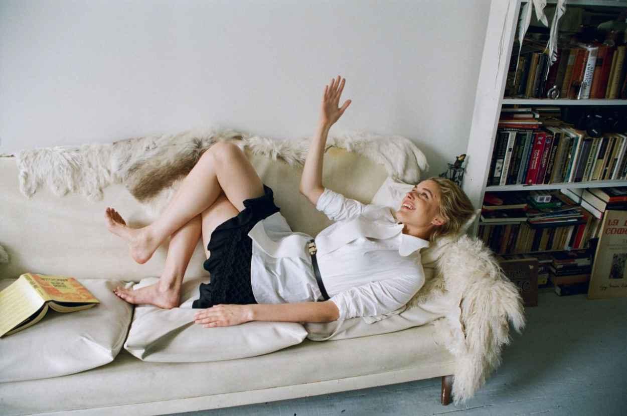 Greta Gerwig - Photoshoot for Dazed Magazine September 2015-5
