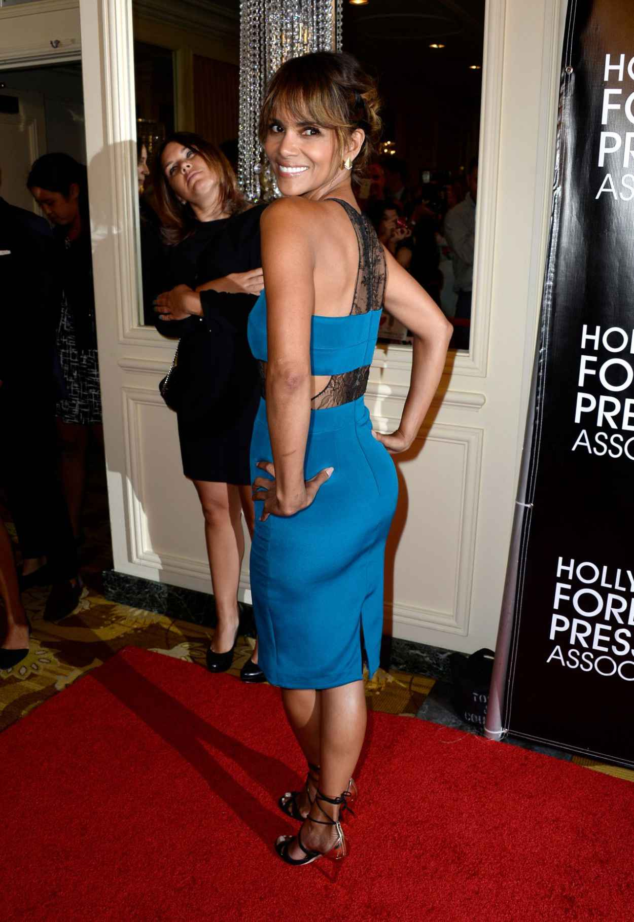 Halle Berry - 2015 Hollywood Foreign Press Association Grants Banquet in Beverly Hills-5