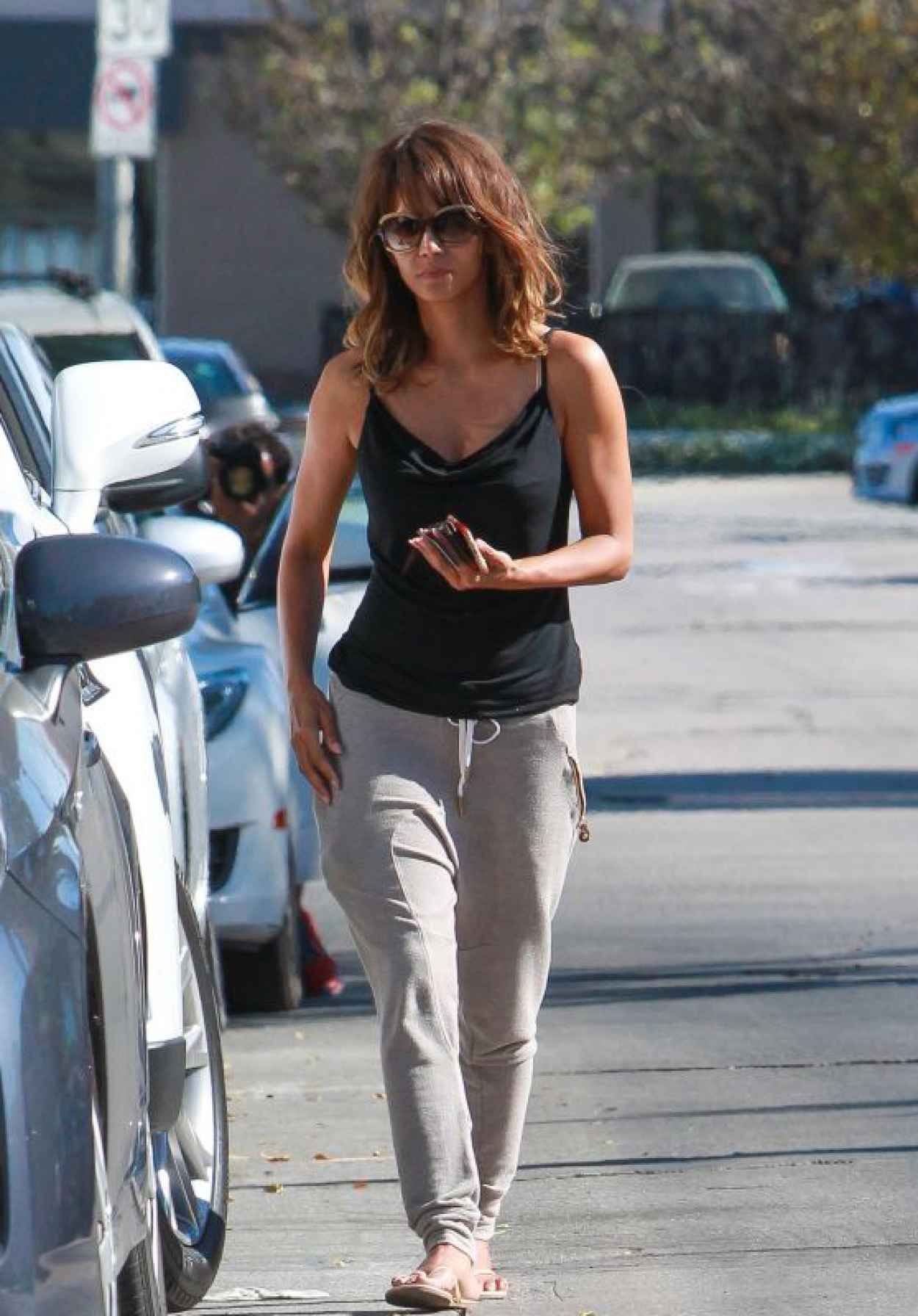 Halle Berry - Arrives at Kinara Skin Care Clinic & Spa in West Hollywood, April 2015-1