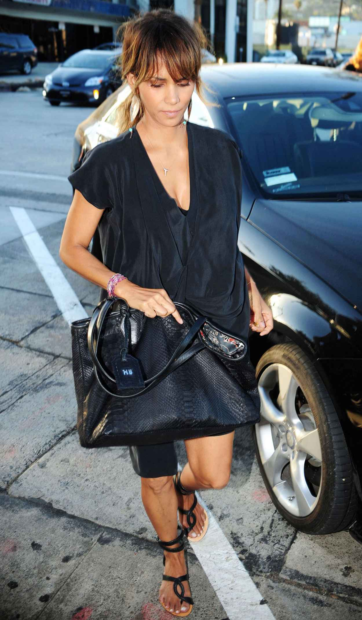 Halle Berry - Craigs Restaurant in West Hollywood, August 2015-4