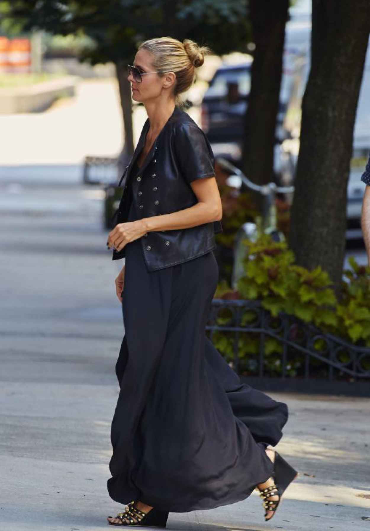 Heidi Klum Departing Her Residence in the West Village Neightborhood of New York, August 2015-1