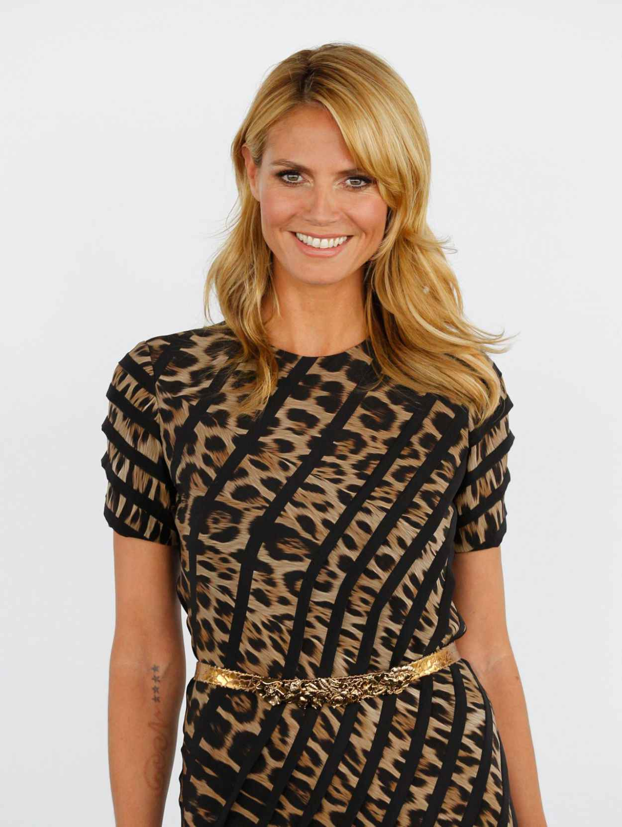 Heidi Klum Takes The Pajama Dressing Trend To Heart, Wears