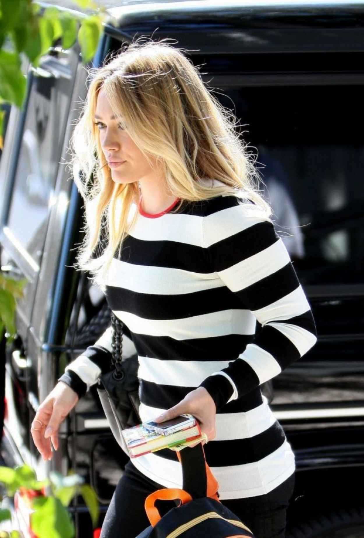 Hilary Duff Arriving for Lunch in West Hollywood-1