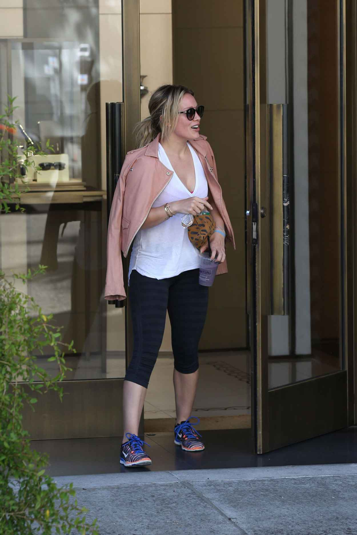 Hilary Duff Style - Shopping in Beverly Hills, July 2015-4