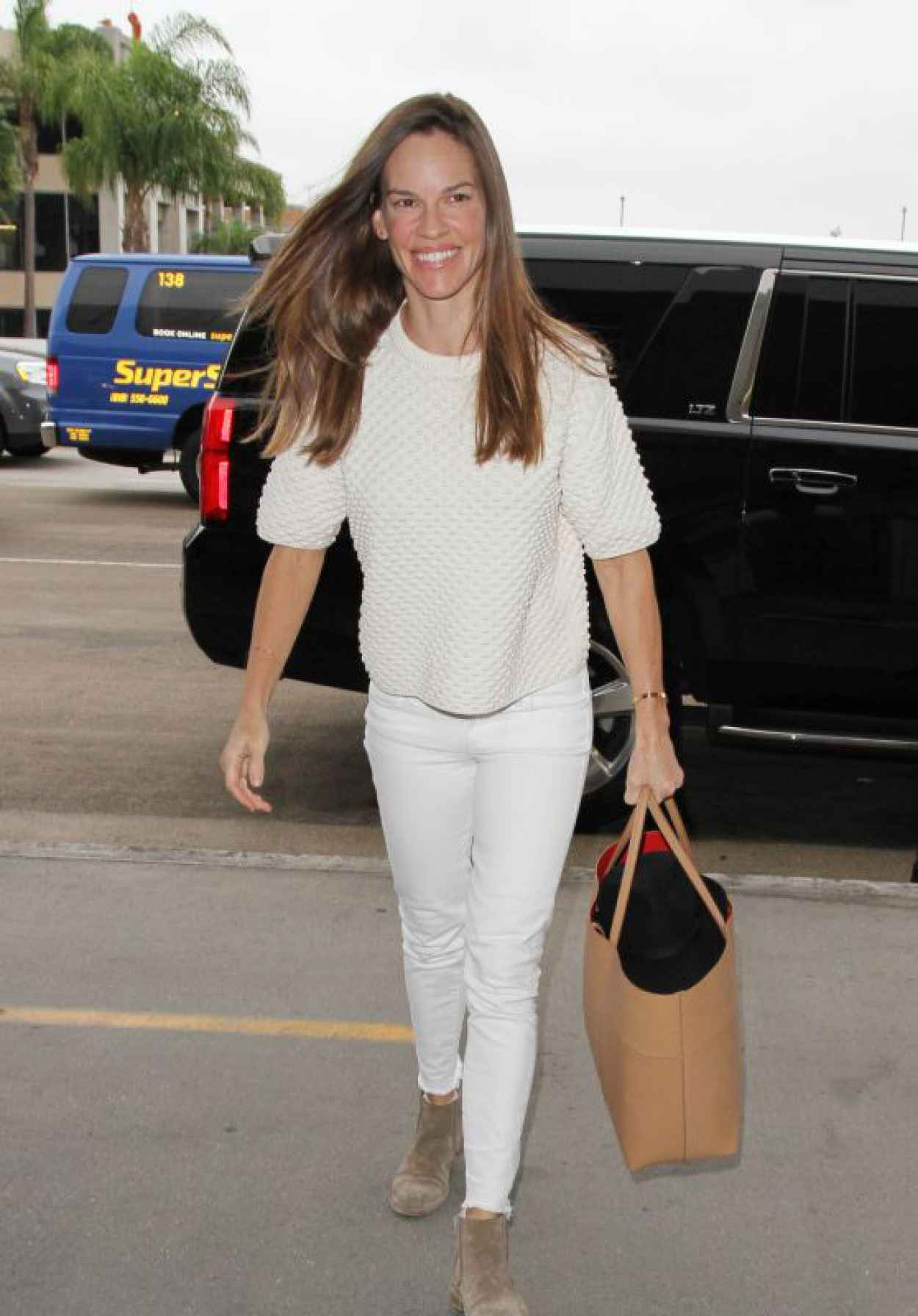 Hilary Swank Airport Style - at LAX in Los Angeles, October 2015-1