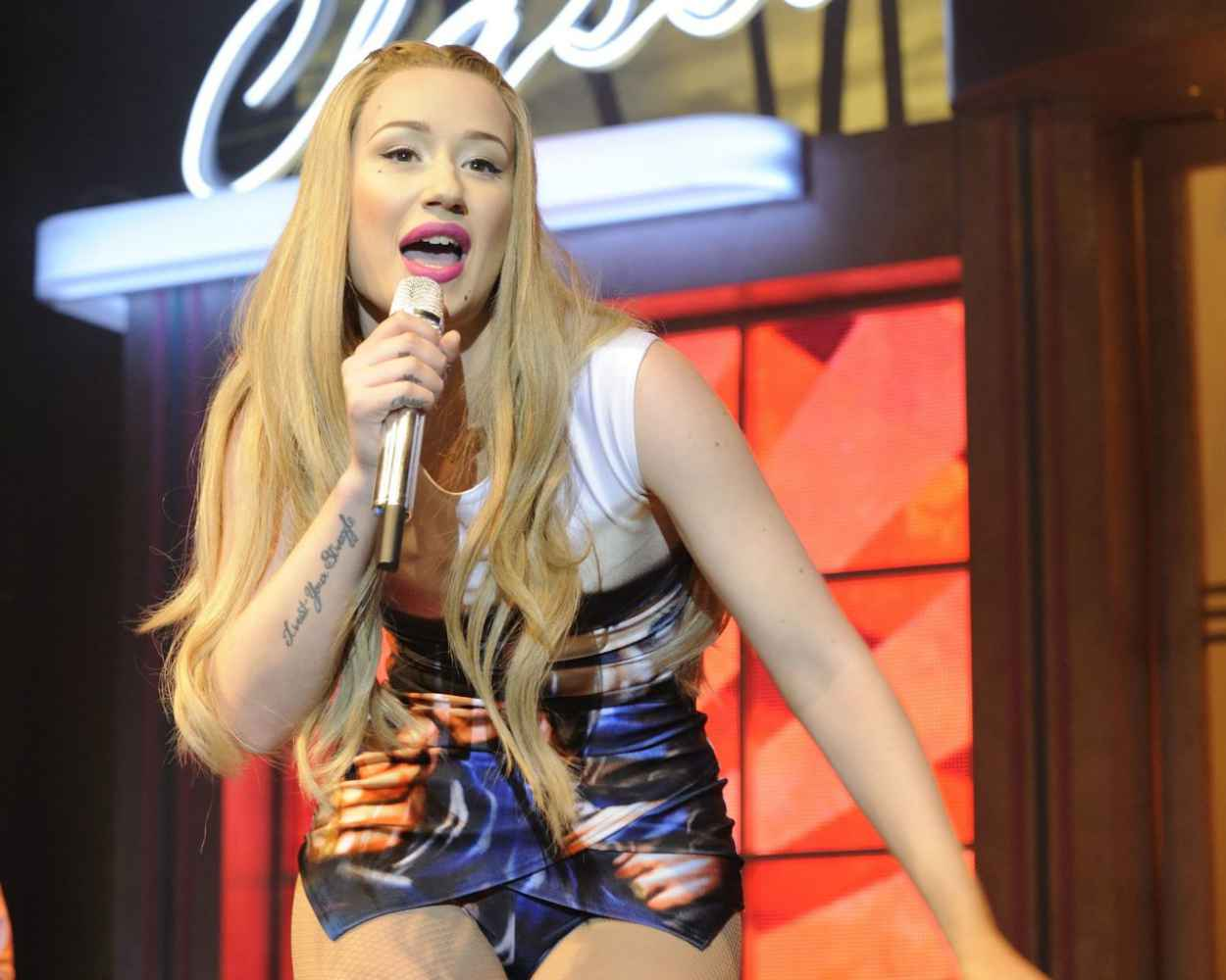 Iggy Azalea Performing in Toronto - The New Classic Tour 2015-1