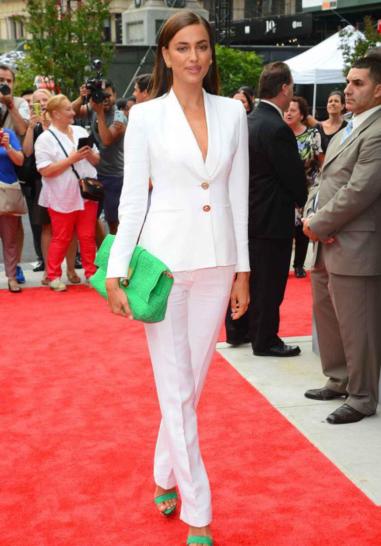 Irina Shayk - Arrives to The Porcelanosas Store in New York, September 2015-1