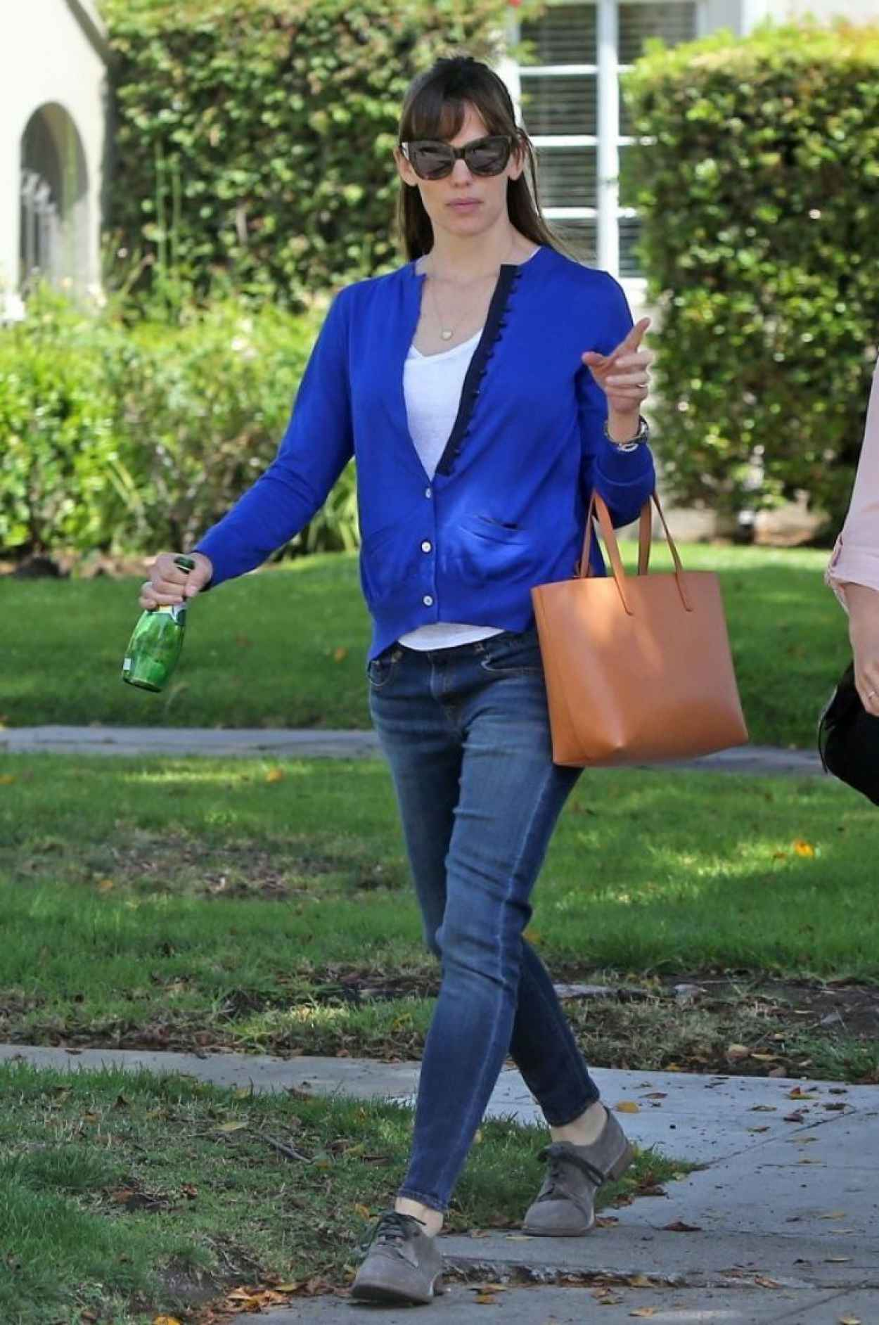 Jennifer Garner Casual Style - Out in Los Angeles - May 2015-1