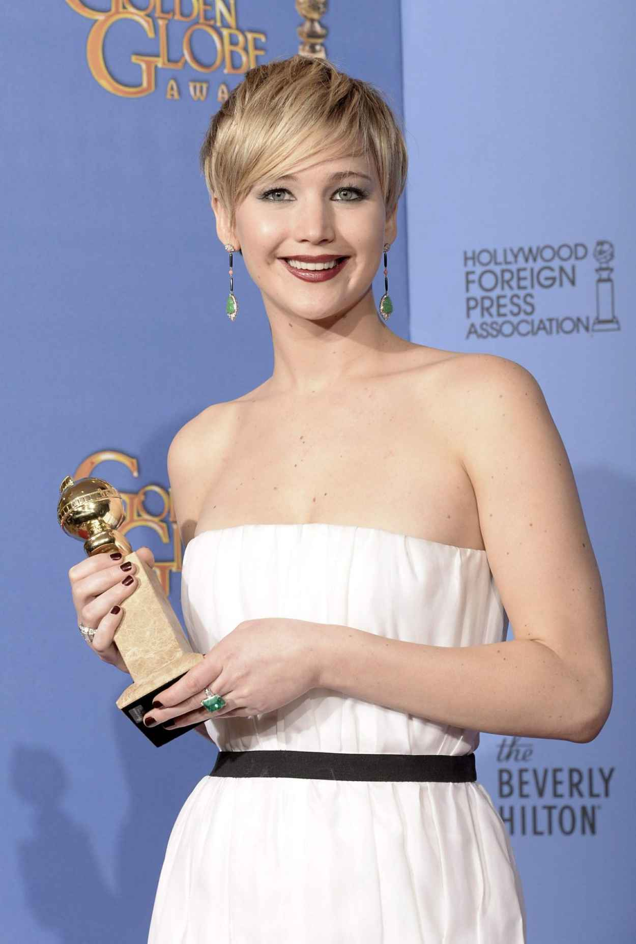 Jennifer Lawrence - Golden Globe Awards 2015 Red Carpet, Ceremony and After Party - 350 Photos!-1