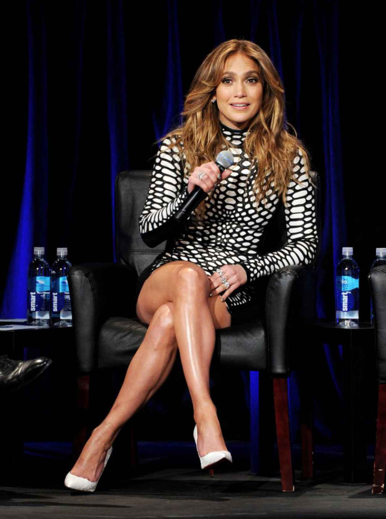 "Jennifer Lopez at ""American Idol Xlll"" Premiere in Los Angeles, January 2015-3"