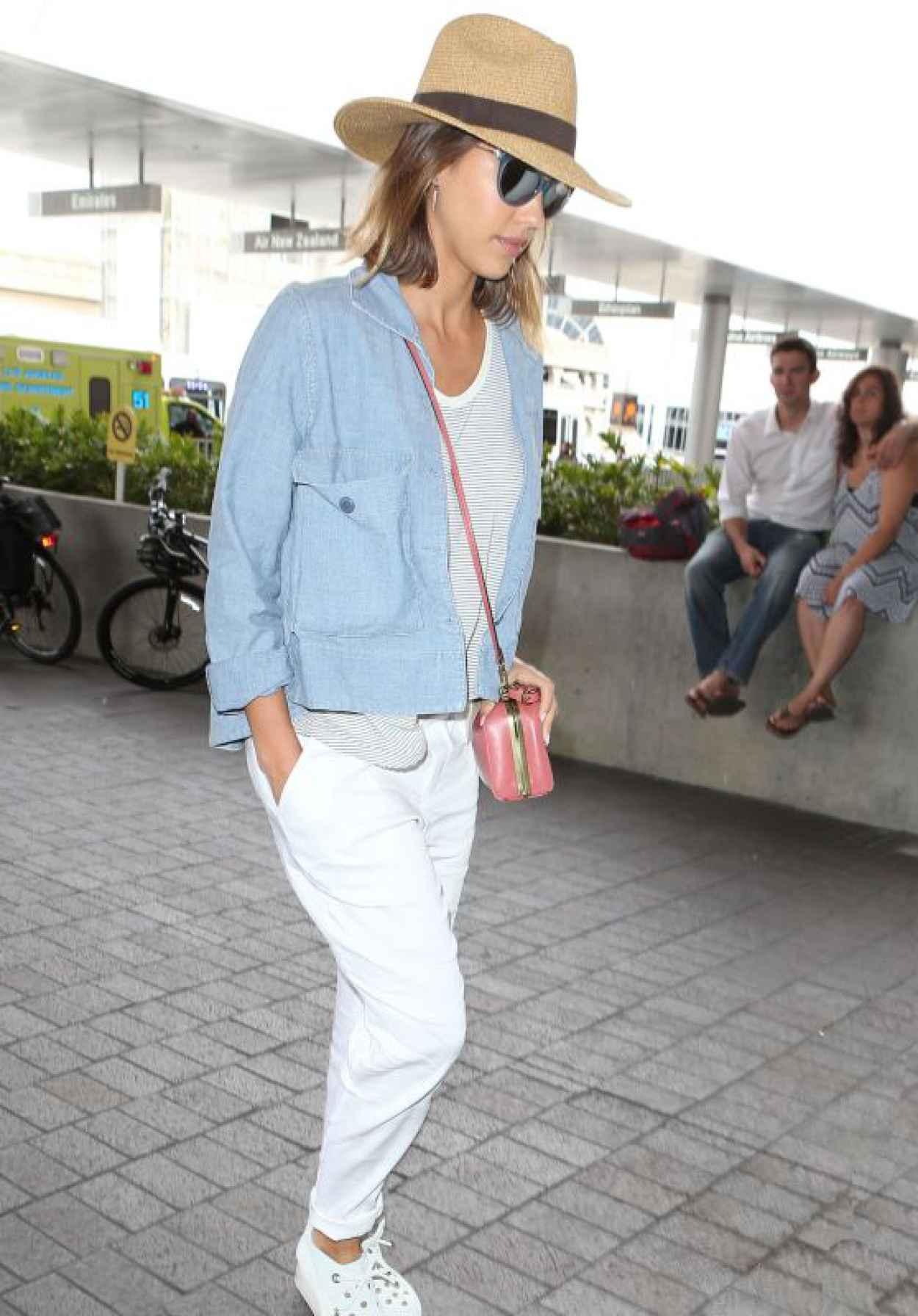 Jessica Alba Airport Fashion - at LAX, July 2015-1