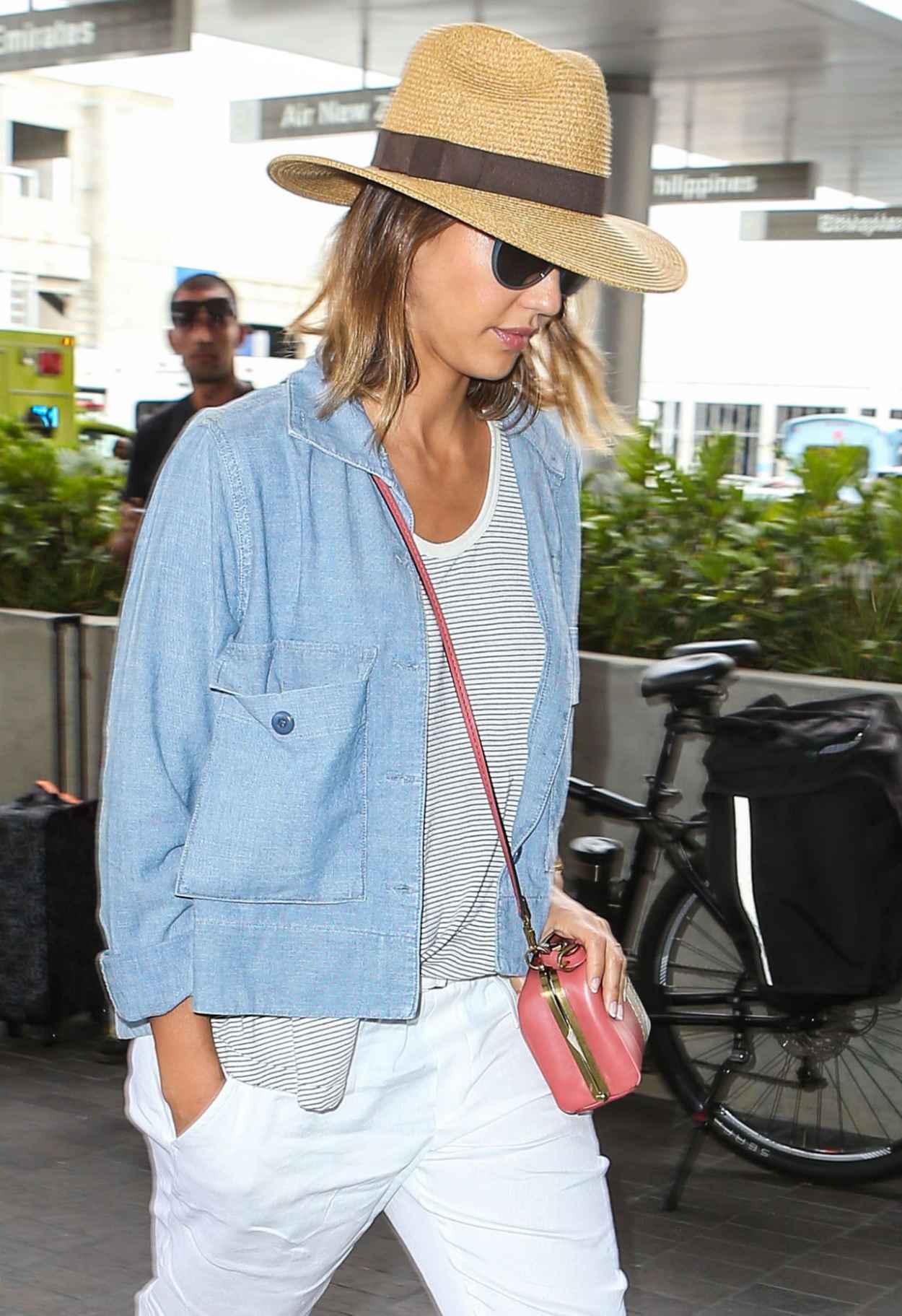 Jessica Alba Airport Fashion - at LAX, July 2015-3