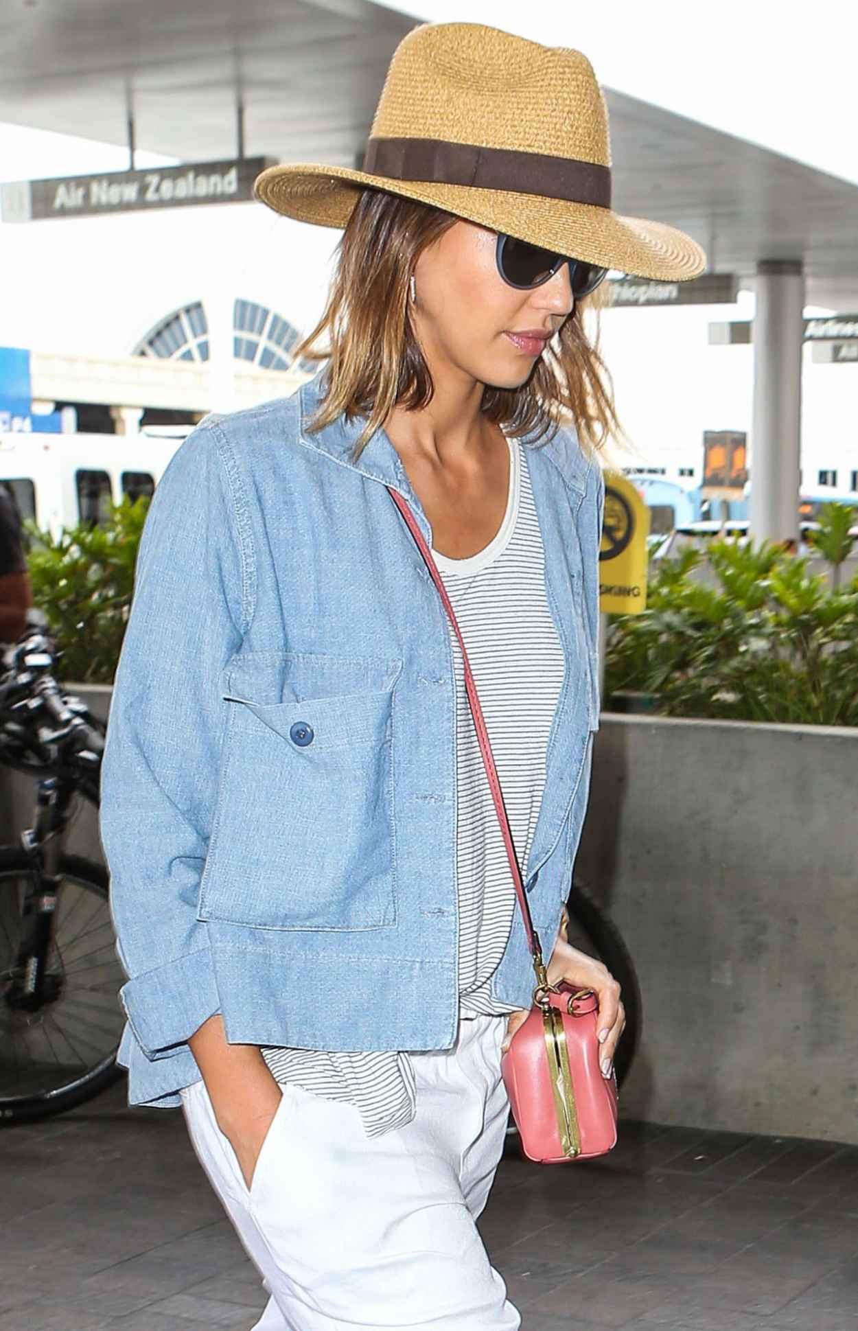 Jessica Alba Airport Fashion - at LAX, July 2015-4
