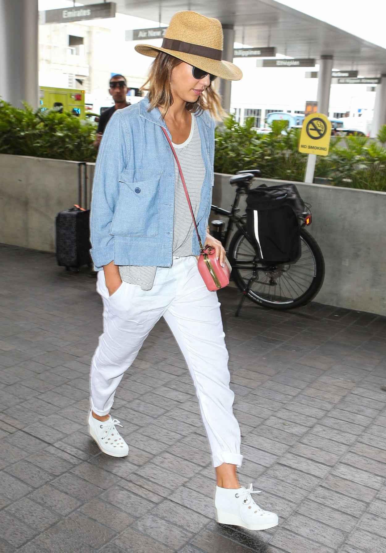 Jessica Alba Airport Fashion - at LAX, July 2015-5