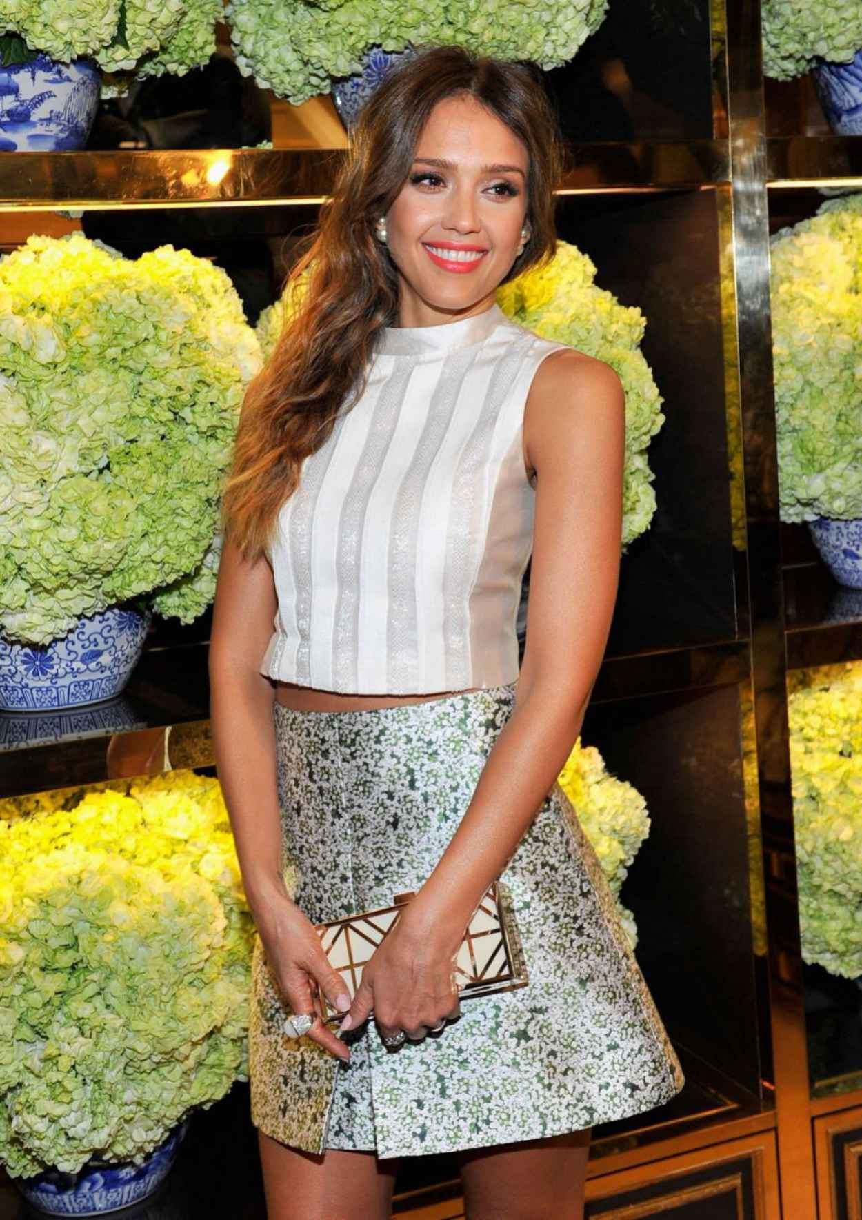 Jessica Alba at Tory Burch Rodeo Drive Flagship Opening in Beverly Hills, January 2015-1