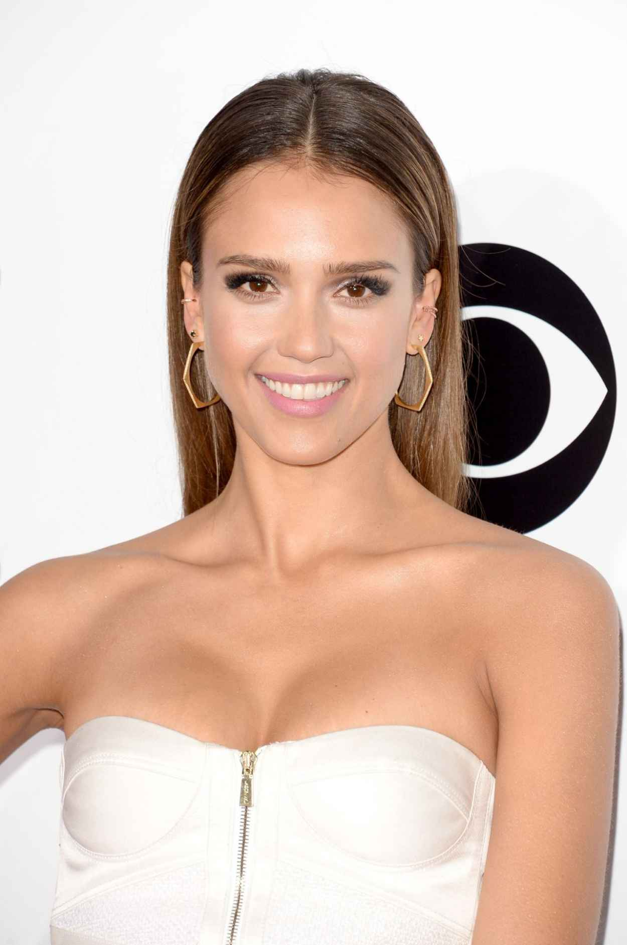 Jessica Alba In Jason Wu - 40th Annual People-s Choice Awards in Los Angeles (2014)-1