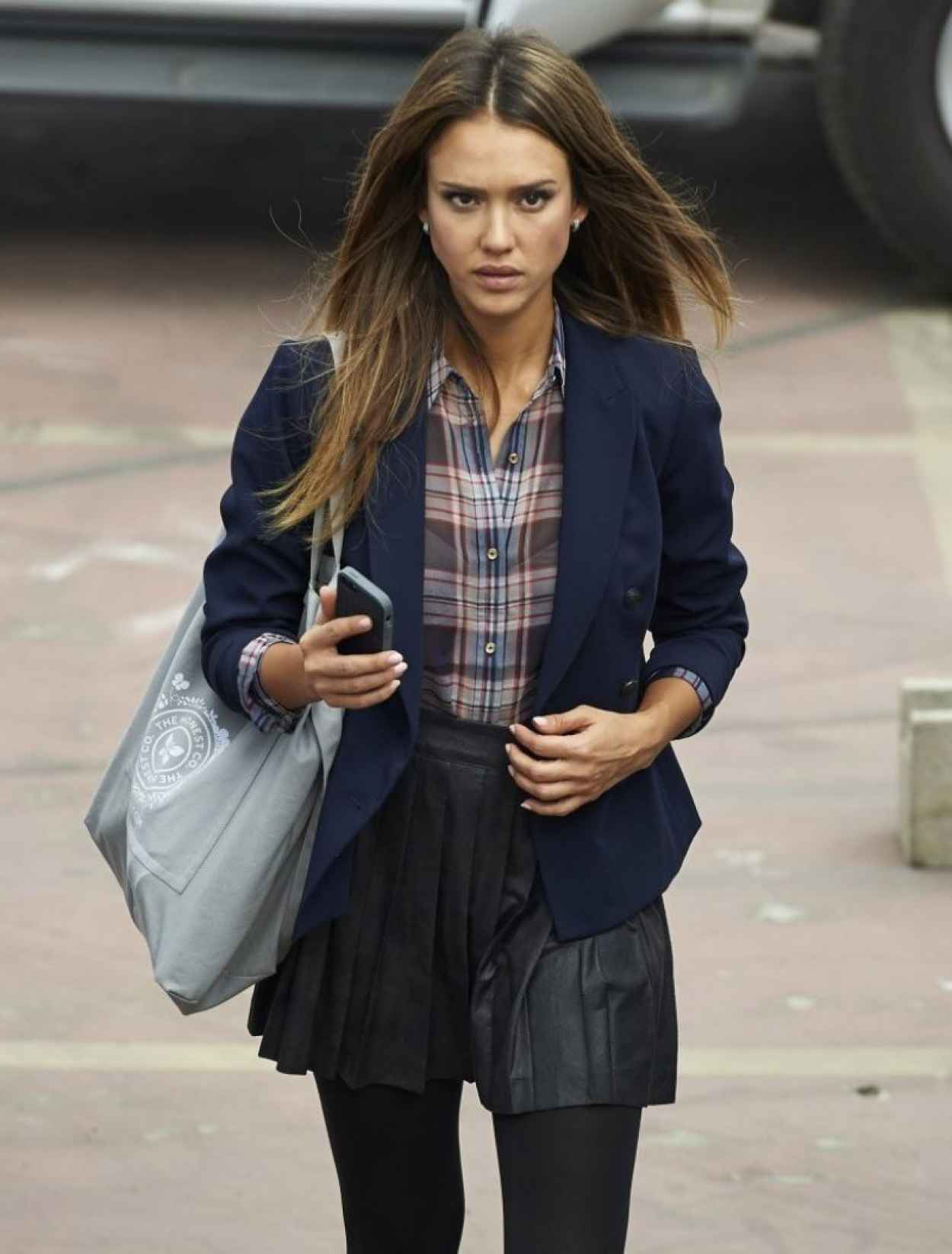 Jessica Alba - Set of HOW TO MAKE LOVE LIKE AN ENGLISHMAN Movie-1