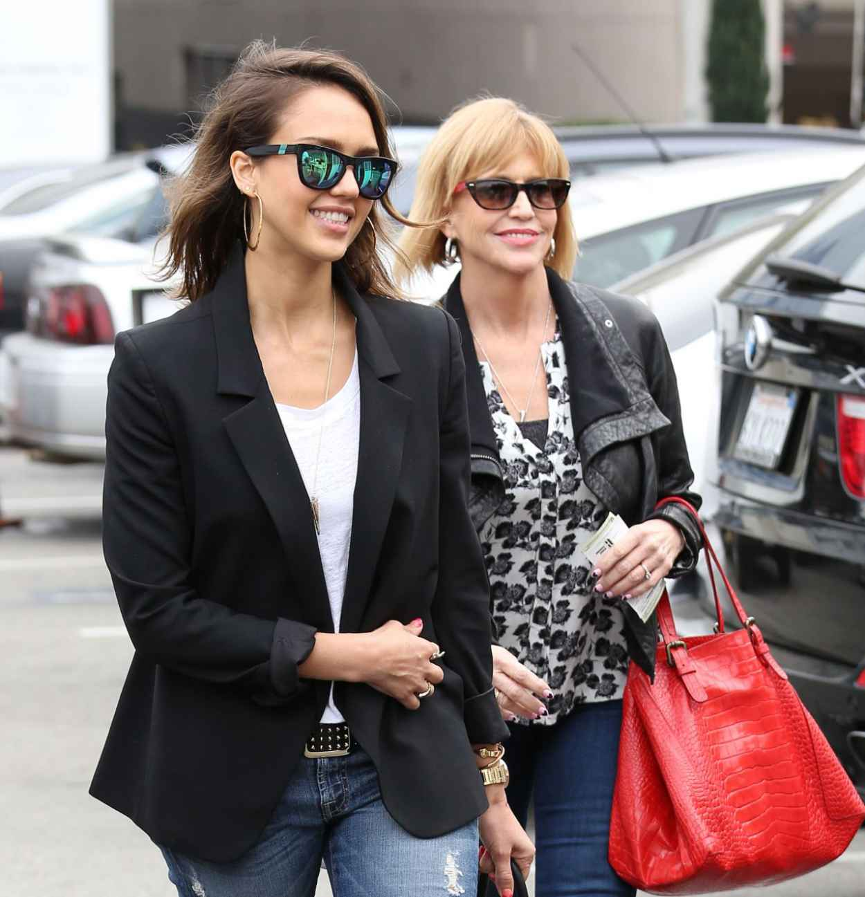 Jessica Alba Street Style - Out in Los Angeles, February 2015-1