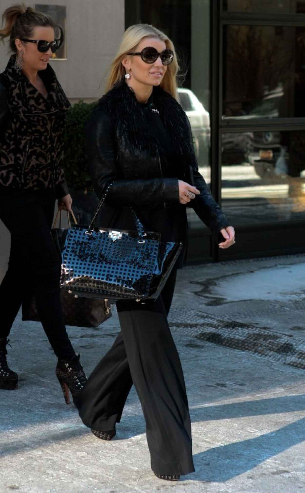Jessica Simpson - Leaving Her Hotel in New York - January 2015-1