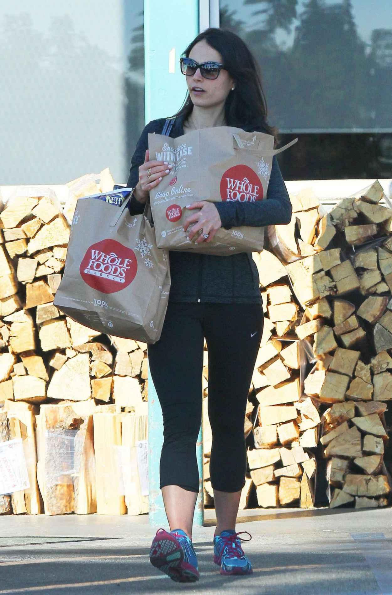 Jordana Brewster - Leaving Whole Foods in Los Angeles-1