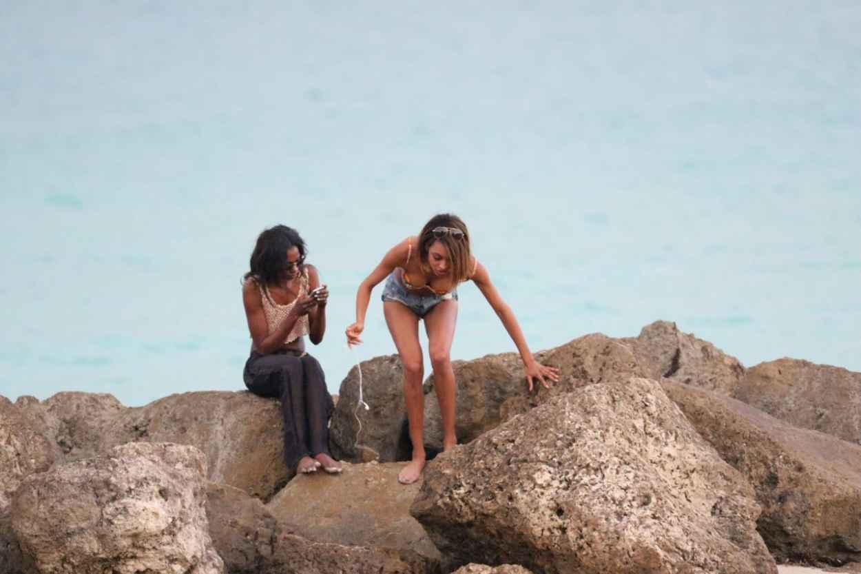 Jourdan Dunn Bikini Candids - Beach in Miami, December 2015-4