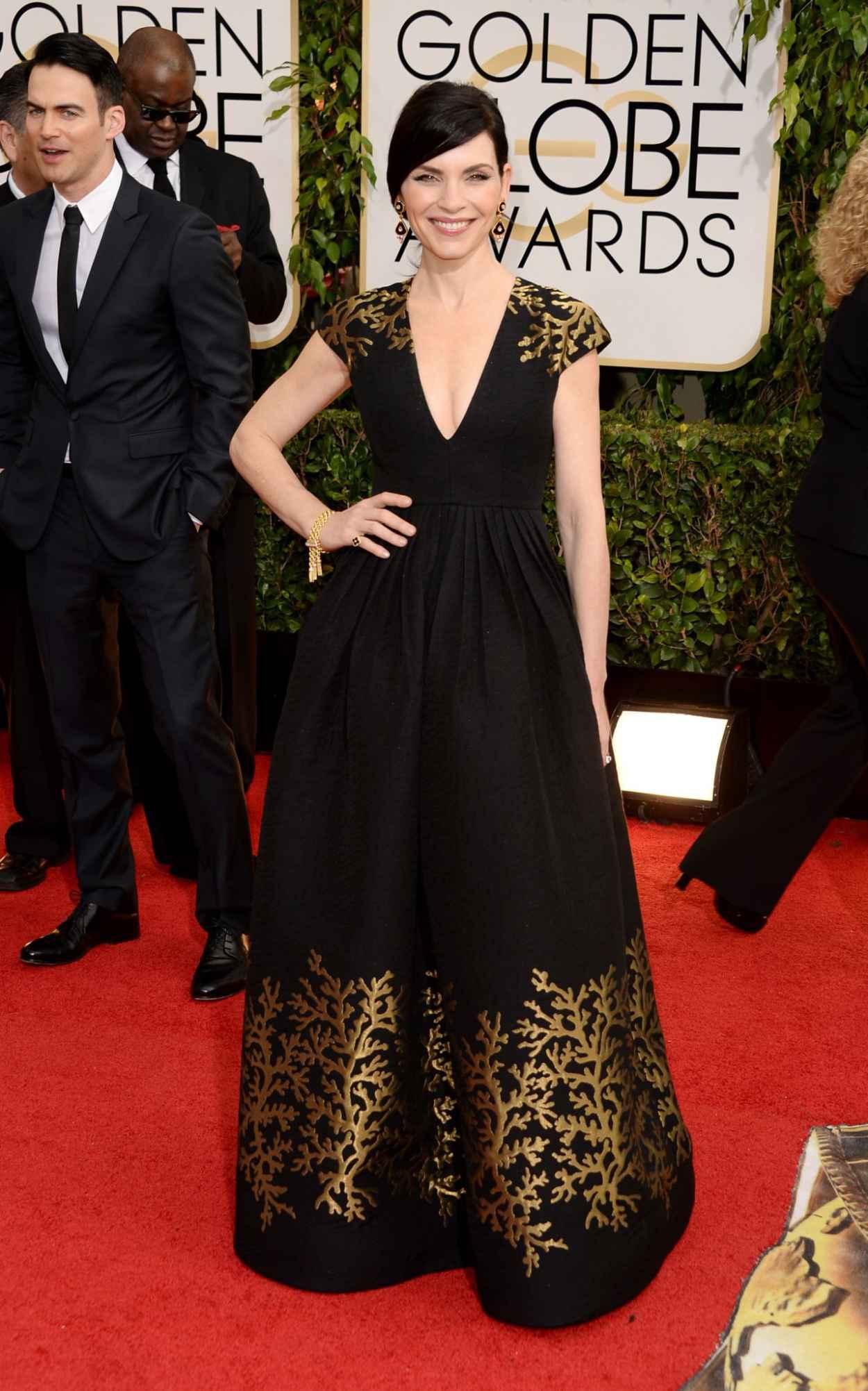 Julianna Margulies - 2015 Golden Globe Awards Red Carpet-1