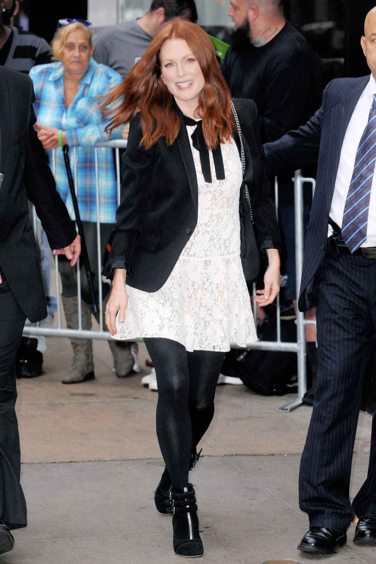 Julianne Moore at Good Morning America in New York City, September 2015-3