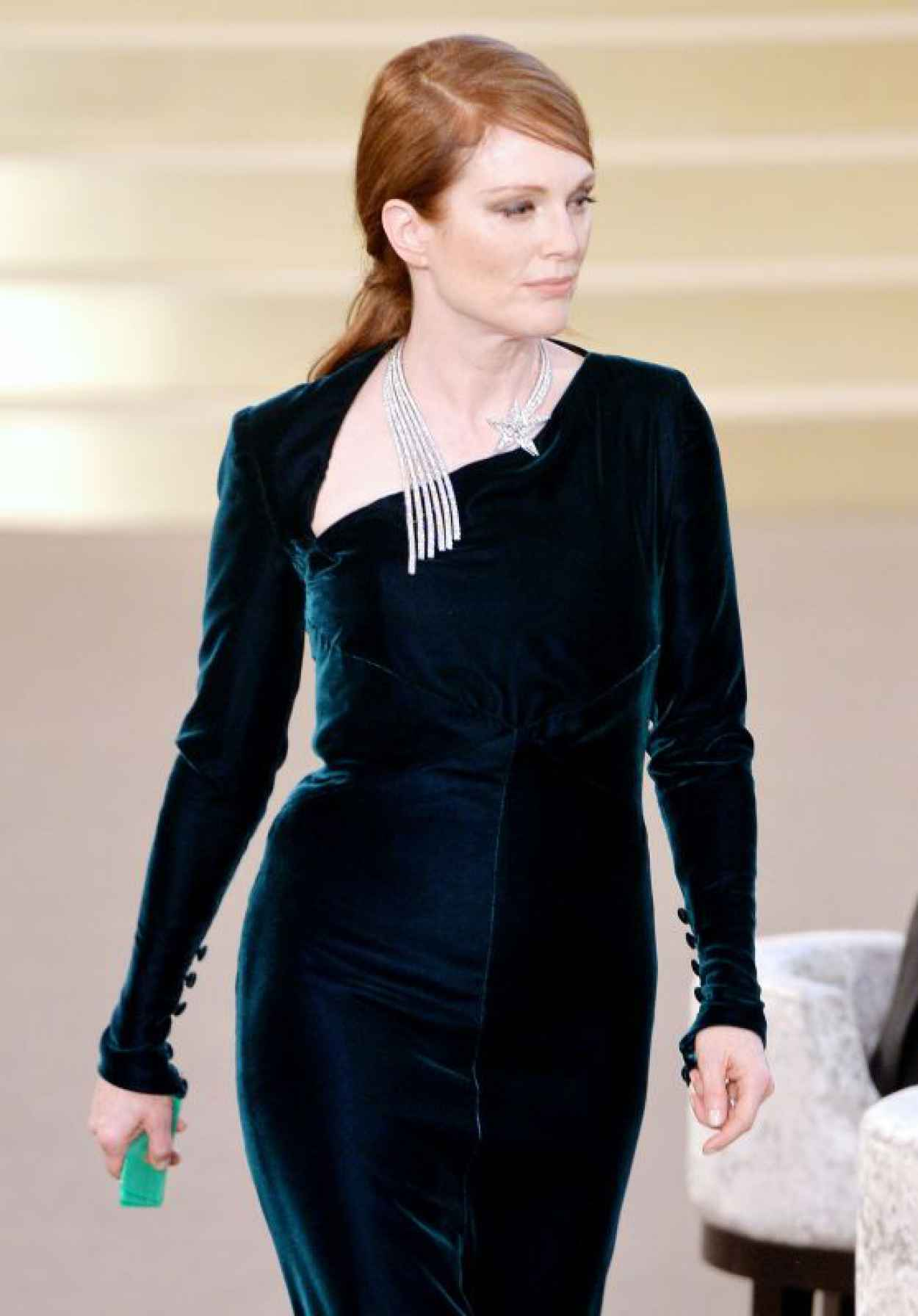 Julianne Moore - Chanel Fashion Show in Paris, July 2015-1