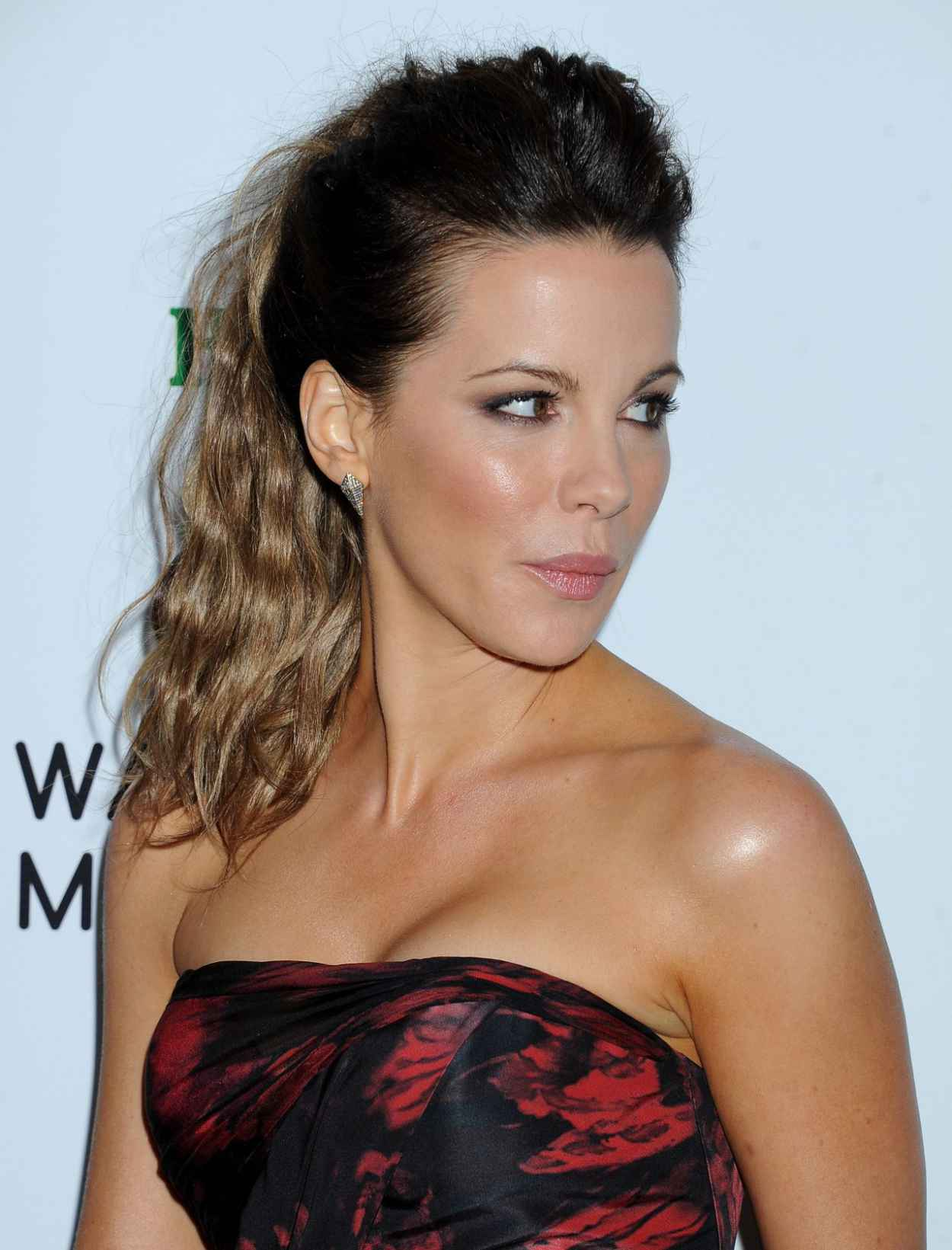 Kate Beckinsale at Warner Music Group Annual GRAMMY Celebration, Los Angeles January 2015-1