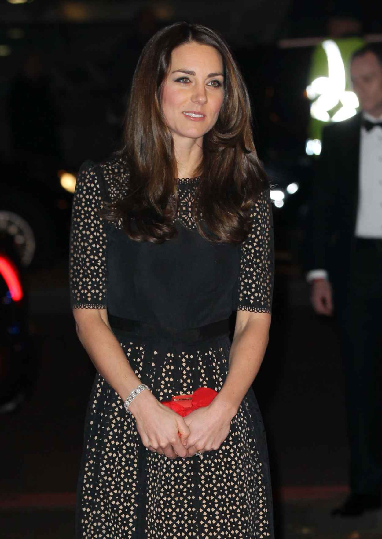 Kate Middleton Attends Annual SportsAid Dinner at Victoria Embankment Gardens in London - November 2015-1