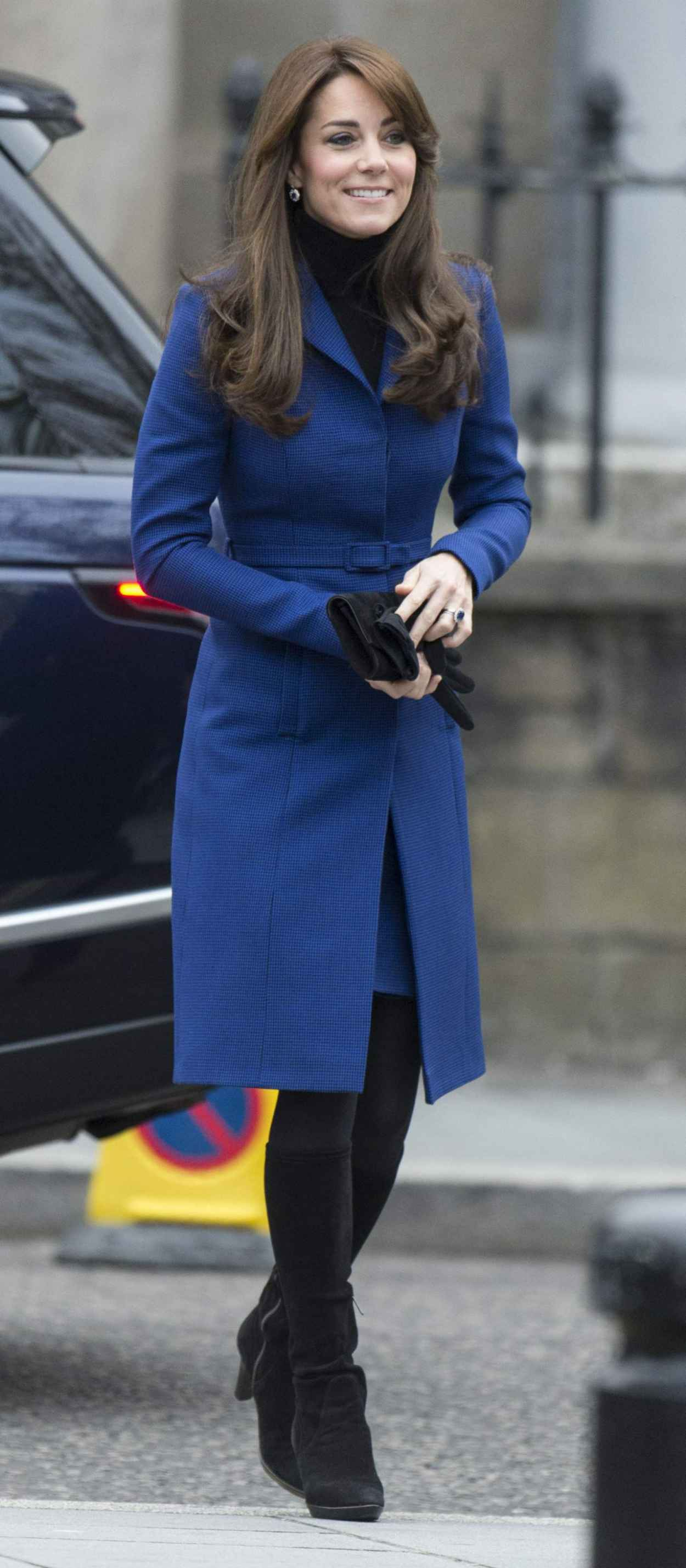 Kate Middleton - Her First Official Cisit to Dundee, October 2015-4