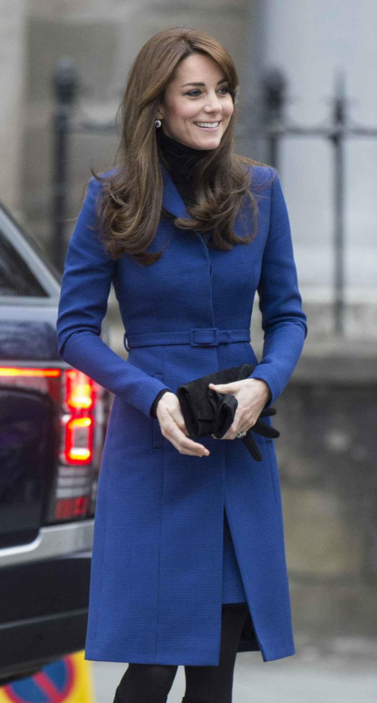Kate Middleton - Her First Official Cisit to Dundee, October 2015-5