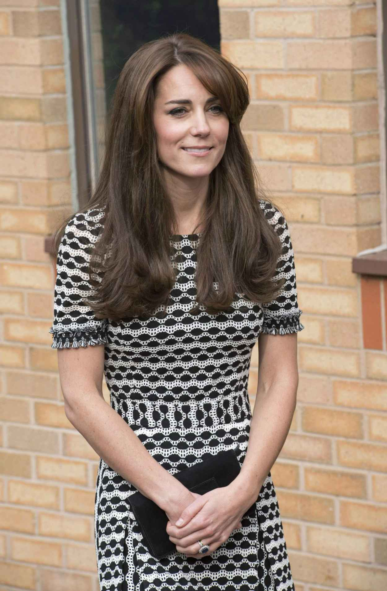 Kate Middleton - Hosted by Mind at Londons Harrow College, October 2015-2