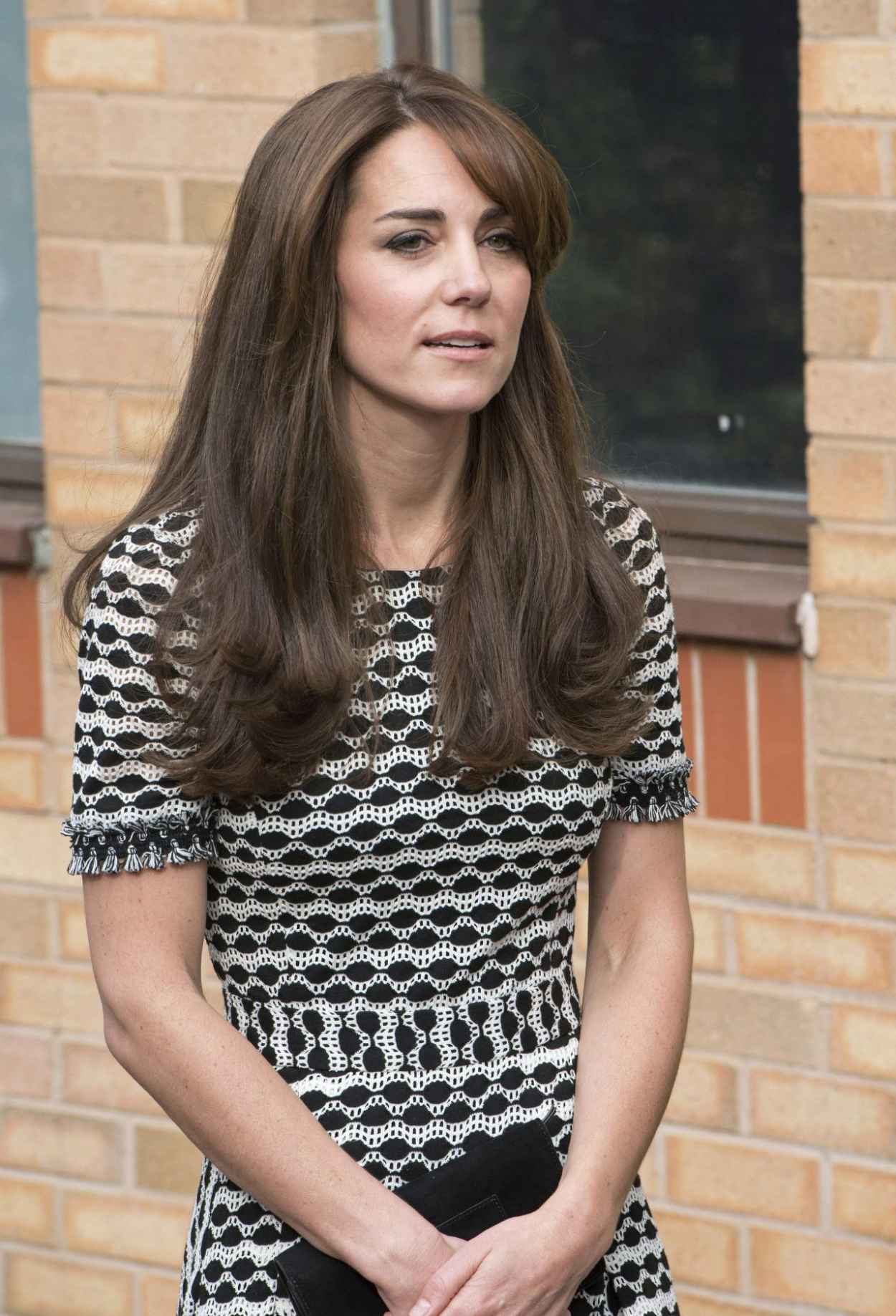 Kate Middleton - Hosted by Mind at Londons Harrow College, October 2015-5
