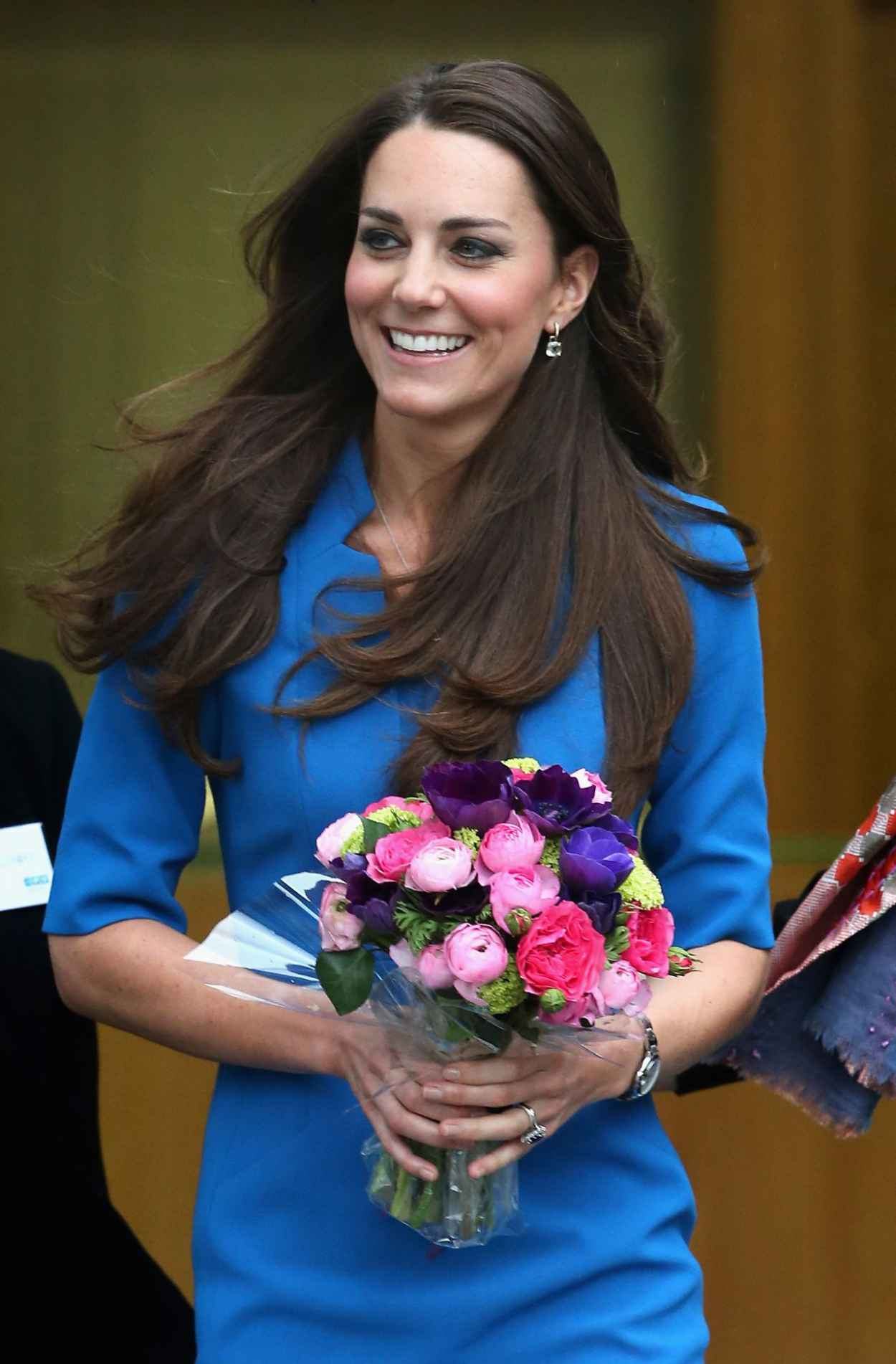 Kate Middleton - More Photos (+88) From ICAP Art Room Opening in London-1
