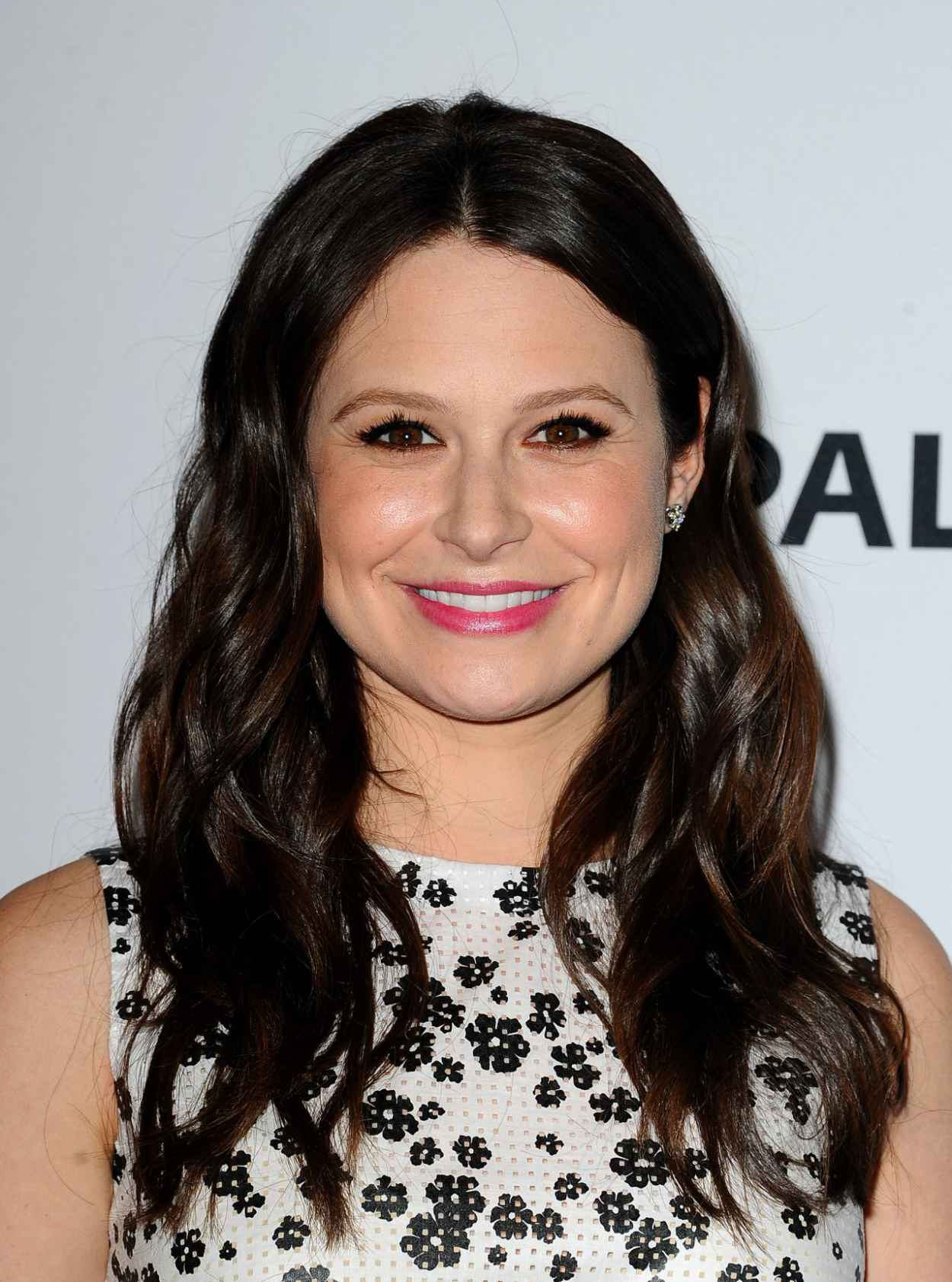 Katie Lowes - 2015 PaleyFest in Hollywood-1