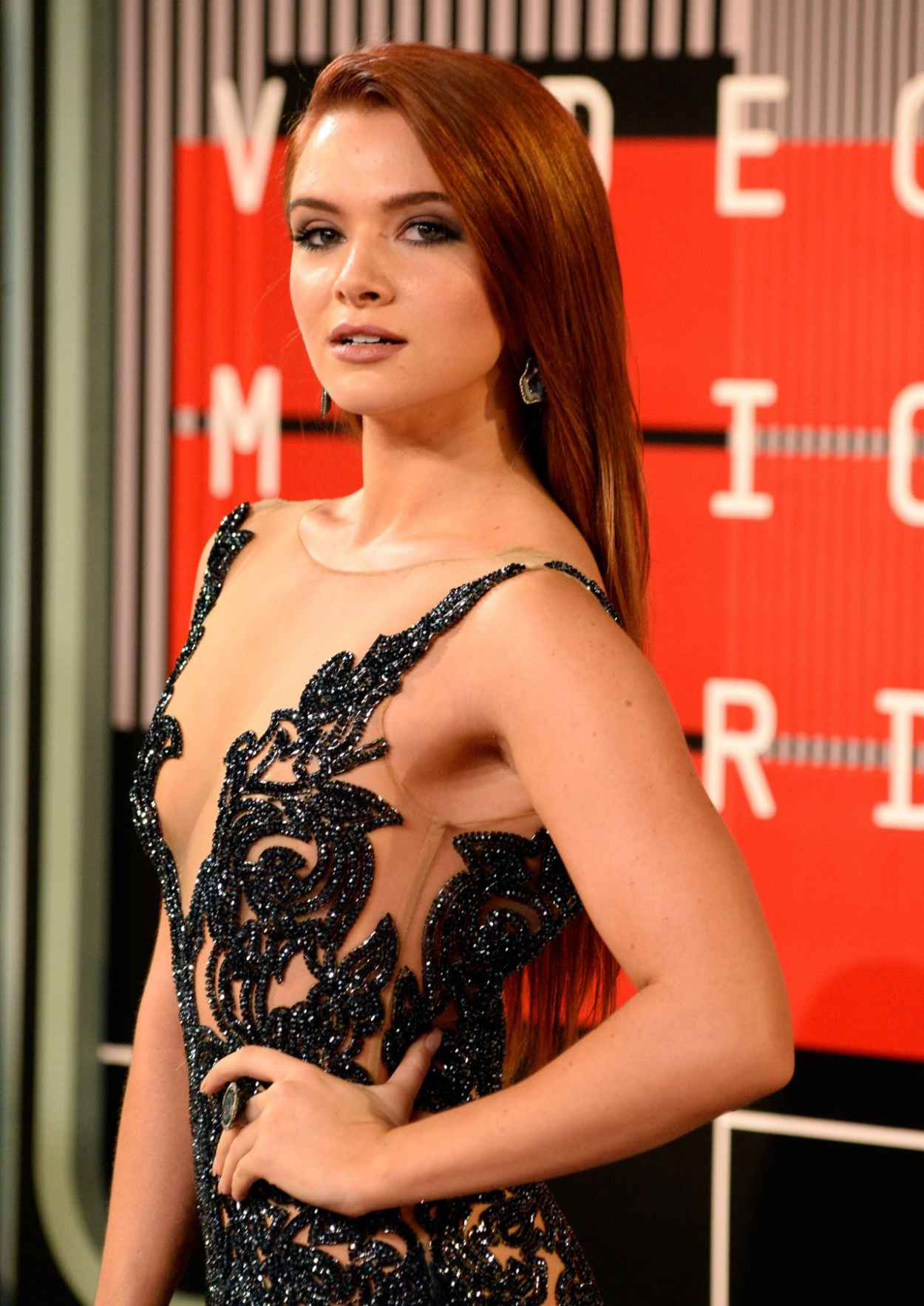 Katie Stevens - 2015 MTV Video Music Awards at Microsoft Theater in Los Angeles-2