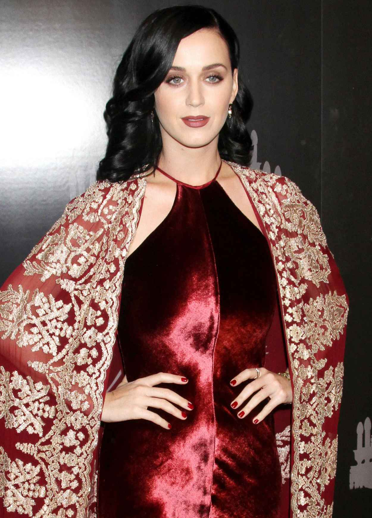 Katy Perry at The 9th Annual UNICEF Snowflake Ball in New York - December 2015-1