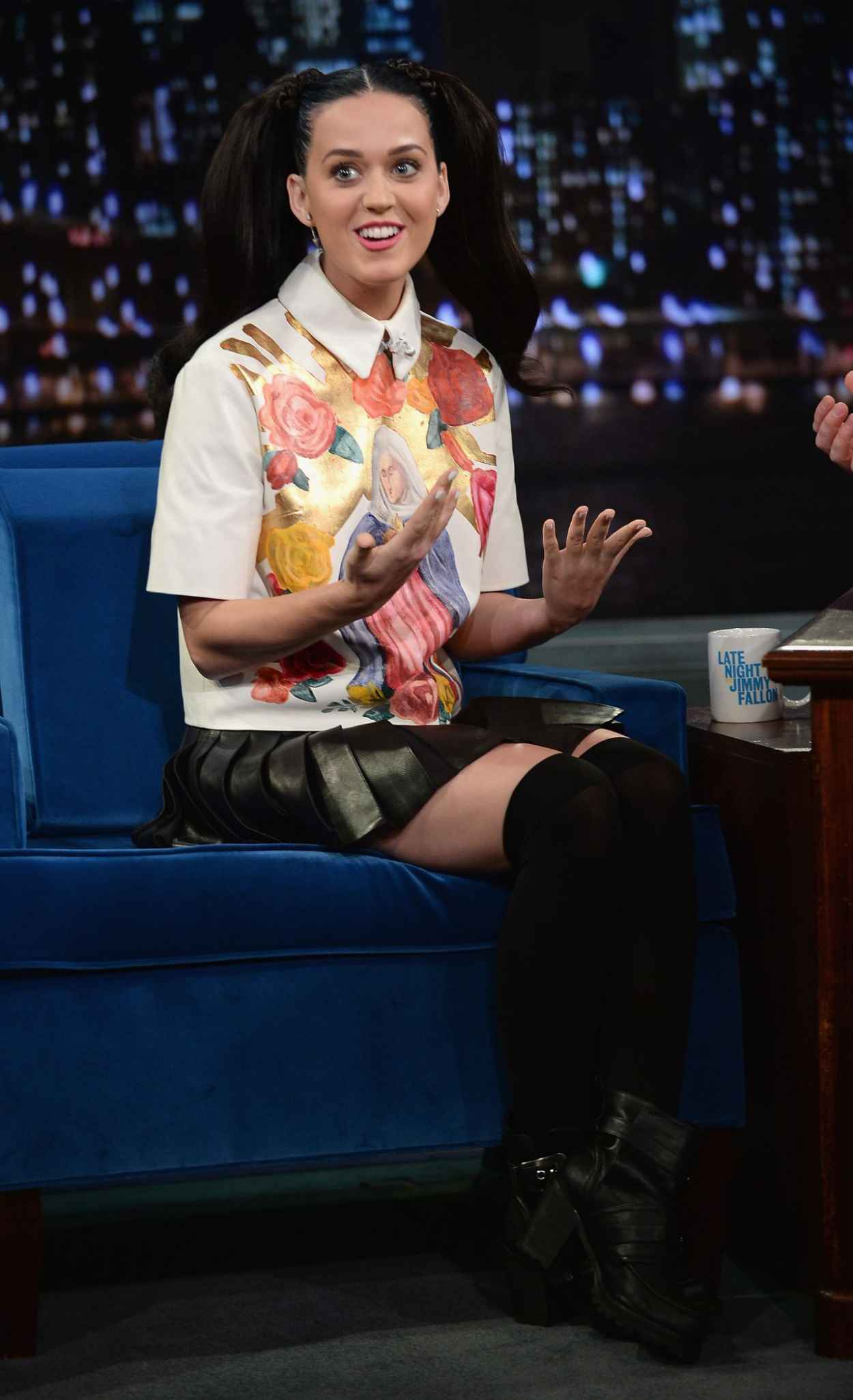 Katy Perry on Late Night With Jimmy Fallon-1