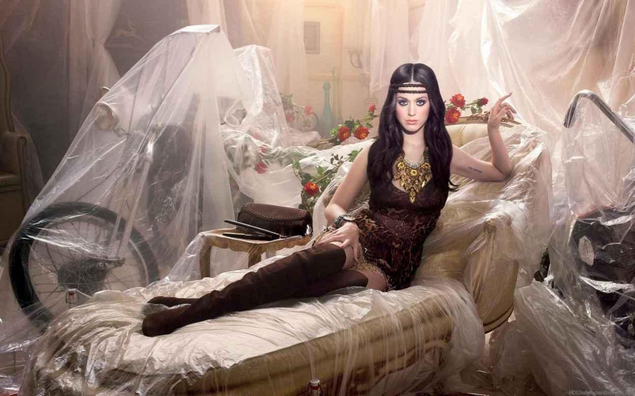 Katy Perry Photoshoot for Dark Horse Album-1