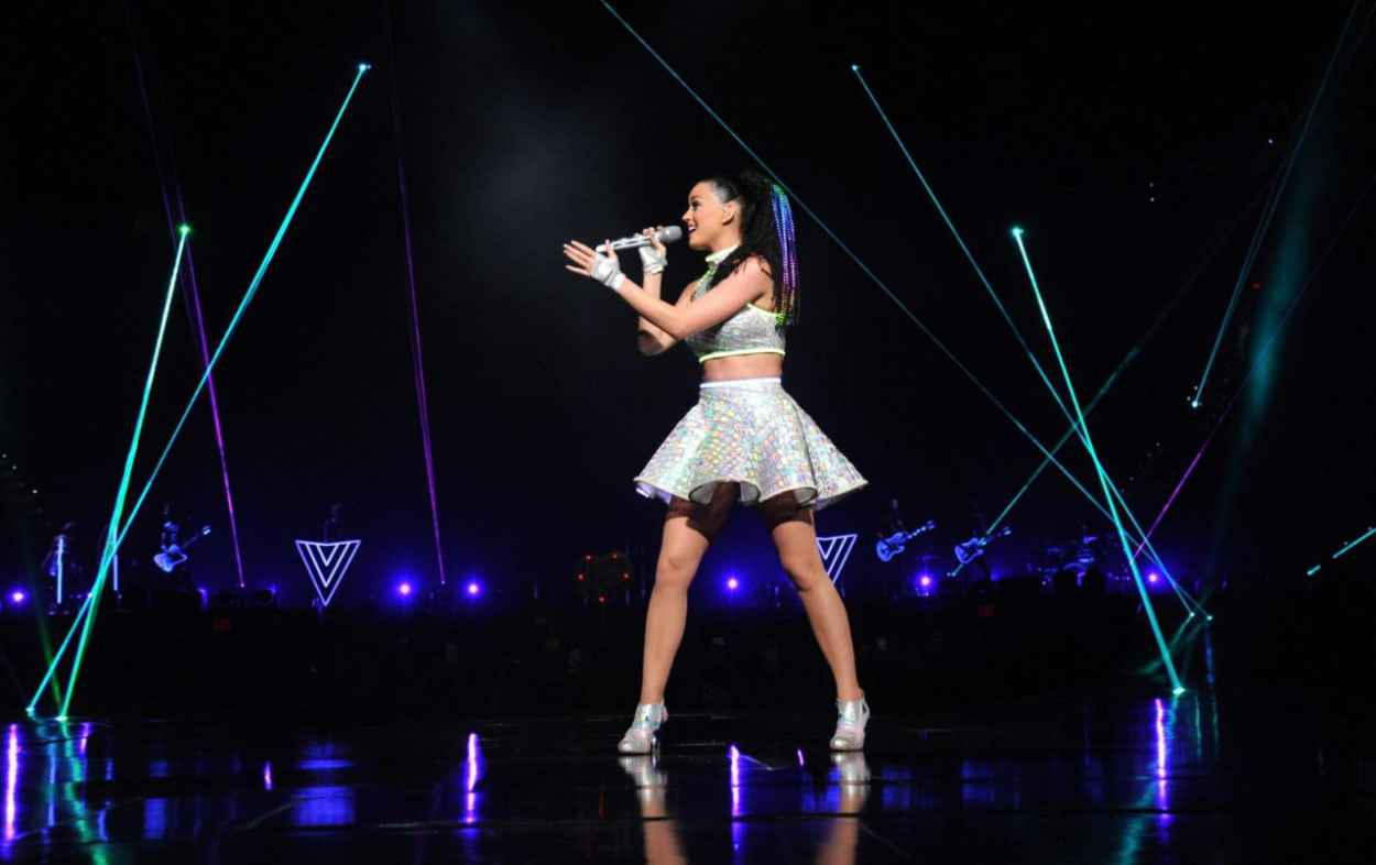Katy Perry – The Prismatic World Tour Concert at PNC Arena ...