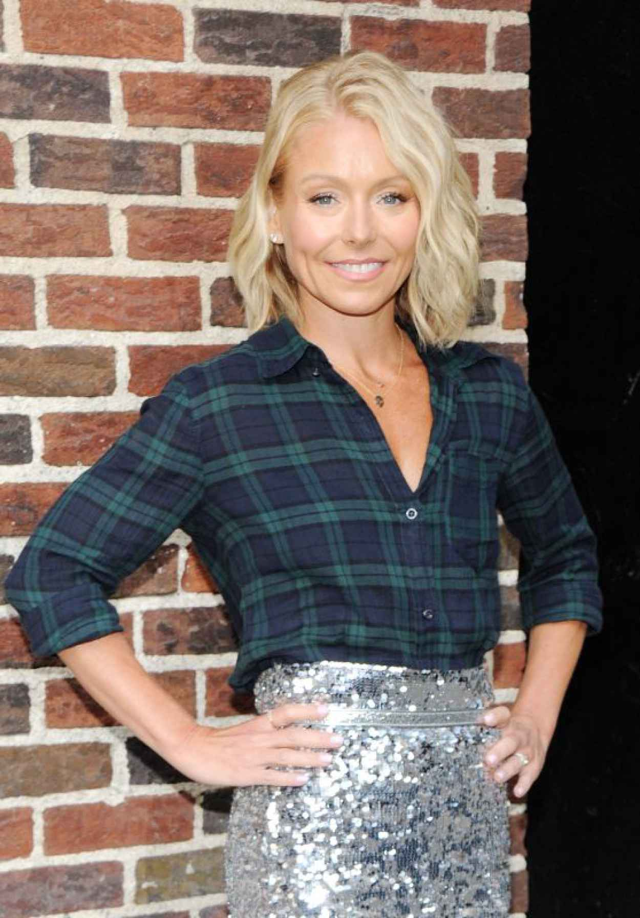 Kelly Ripa - Arrive to Appear on The Late Show With David Letterman, April 2015-1