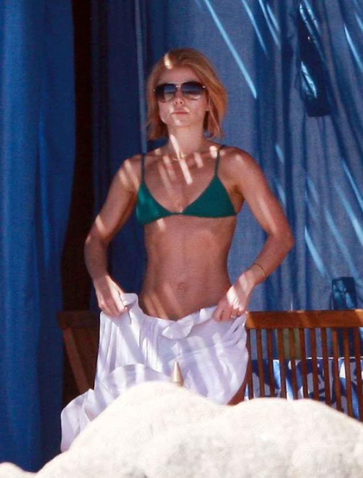 Kelly Ripa Bikini Candids - Mexico, January 2015-4