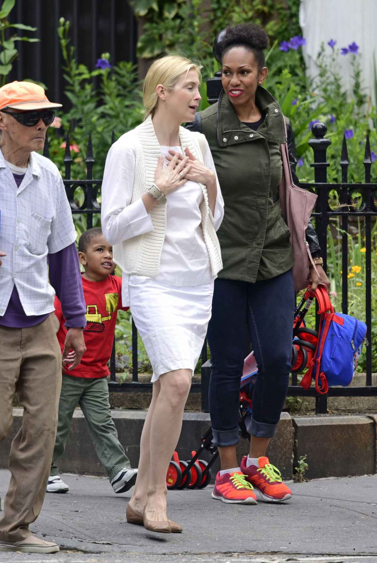 Kelly Rutherford Casual Style - Out in NYC, June 2015-2
