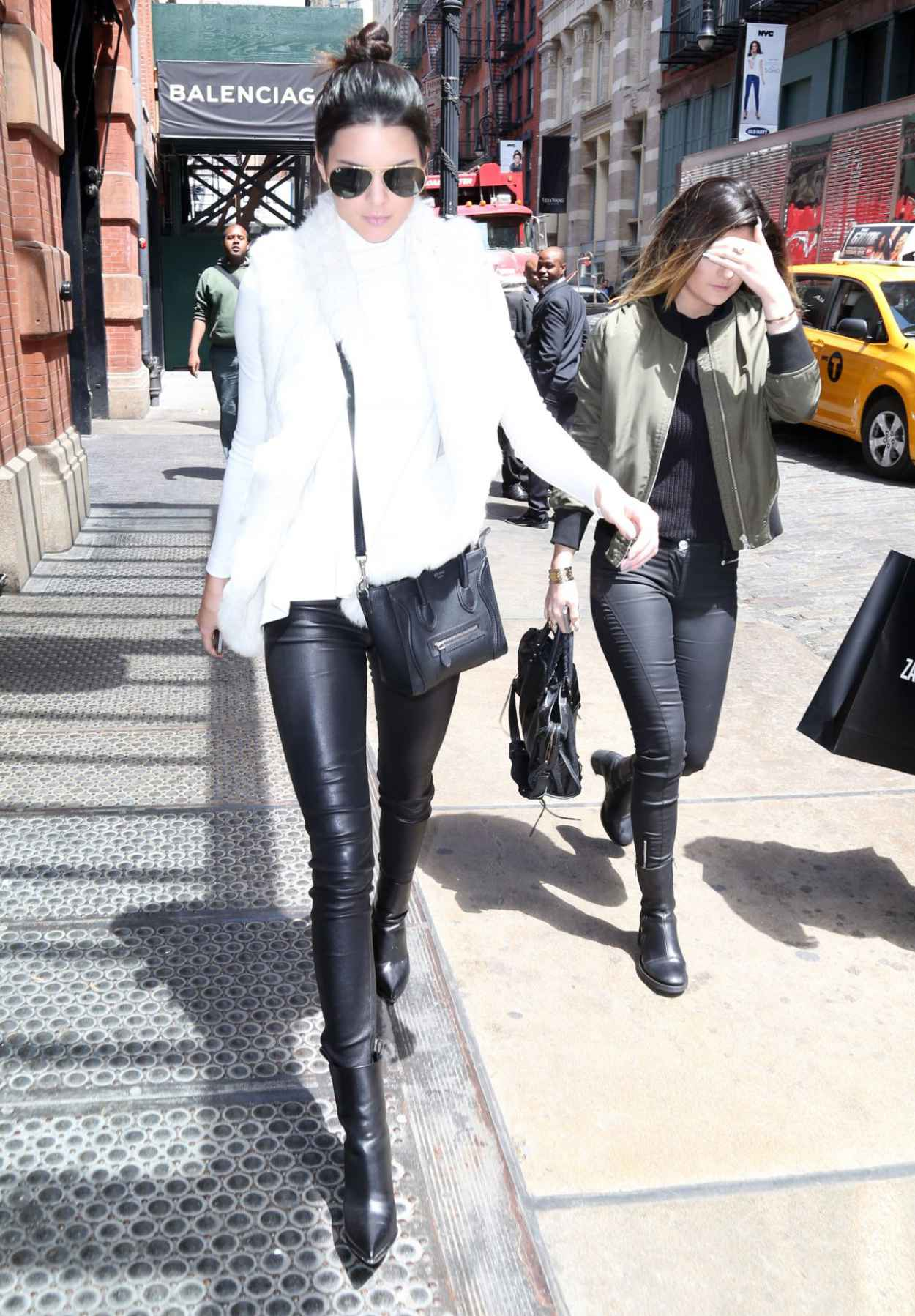 Kendall Jenner Casual Style Out In New York City May 2015