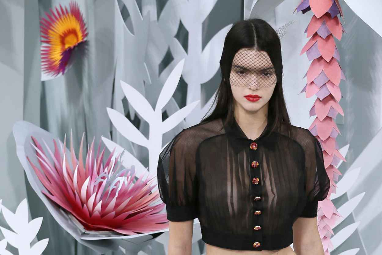 Will Kendall jenner chanel fashion show 2015 think