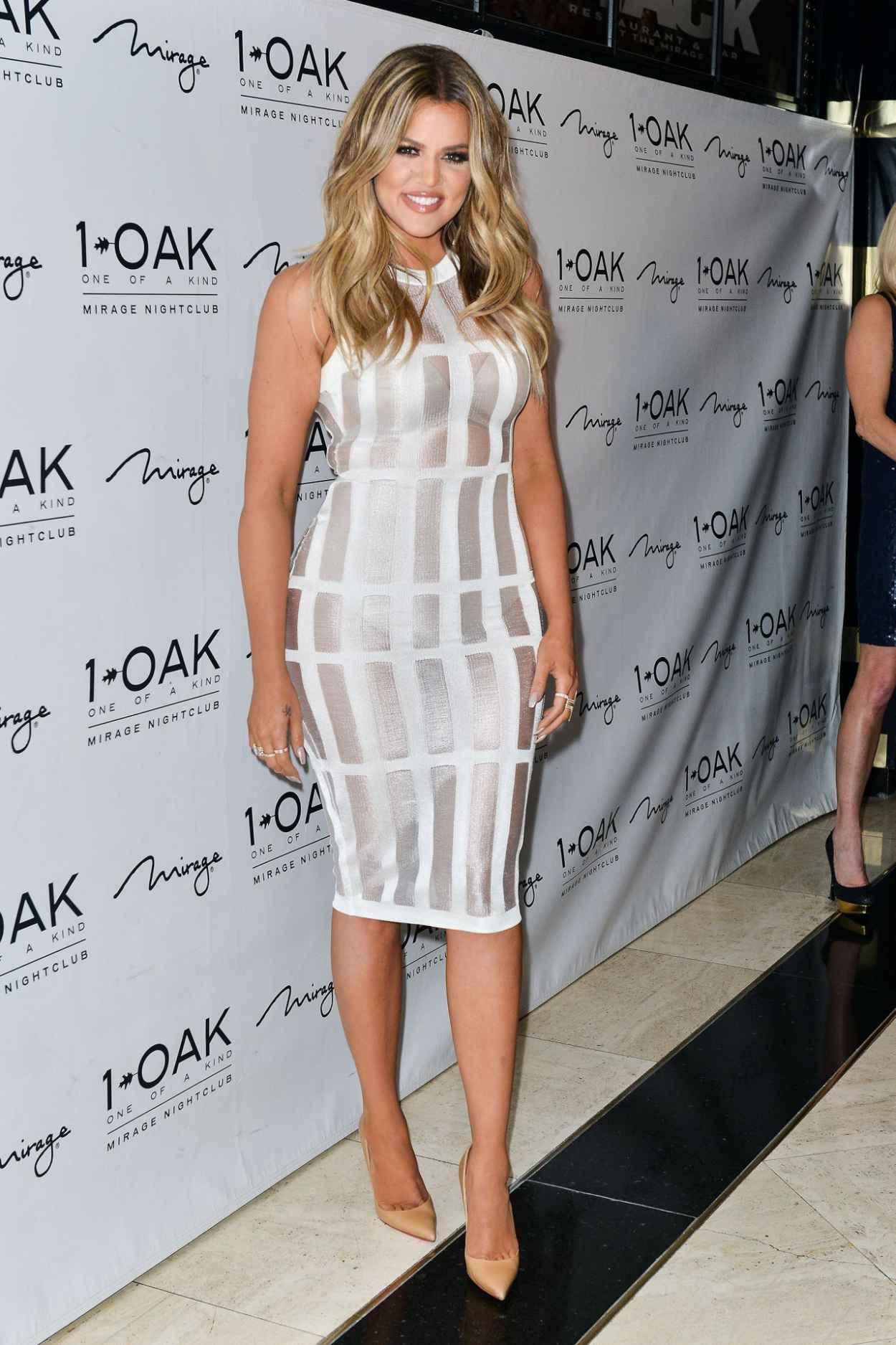 Khloe Kardashian at 1OAK NigthClub in Las Vegas - March 2015-1