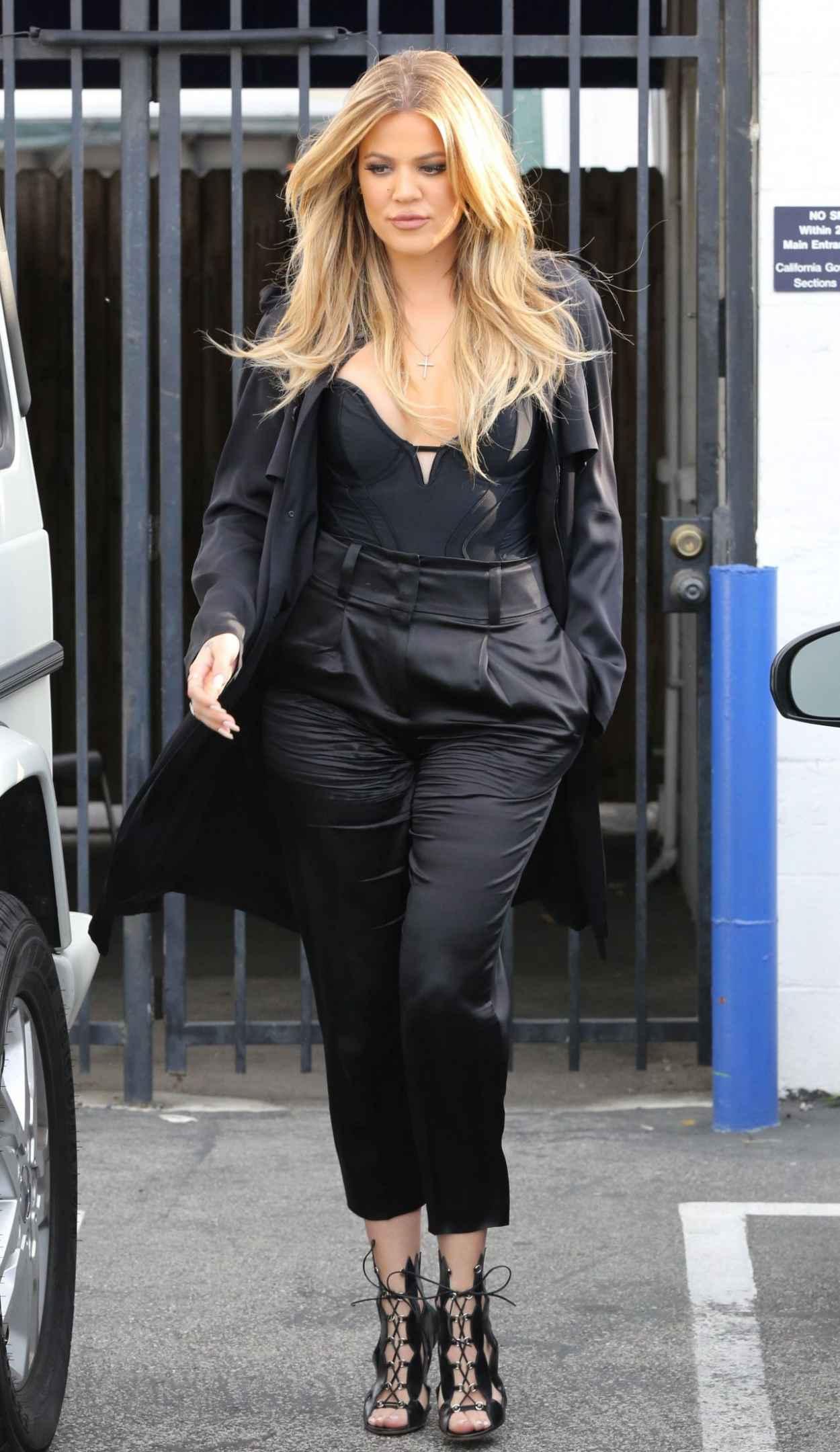 Khloe Kardashian - Filming in Los Angeles, March 2015-1